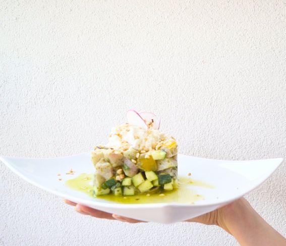 Tartare di pesce spada con zucchine e stracciatella pugliese