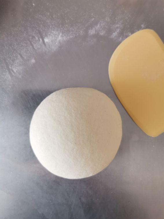 Bocconcini fritti di carnevale con prosciutto e formaggio