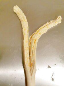 Cruffin brioche sfogliata arrotolata e profumata all arancia