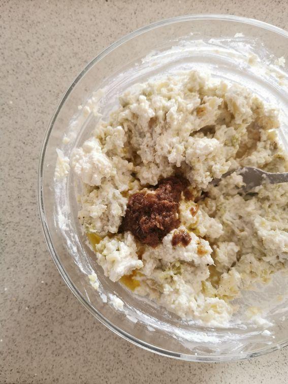 Crostata salata con crema di cavolfiore e ricotta con alici