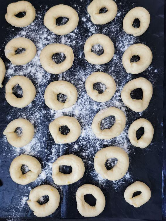 Ciambelle di patate sofficissime con lo zucchero fritte