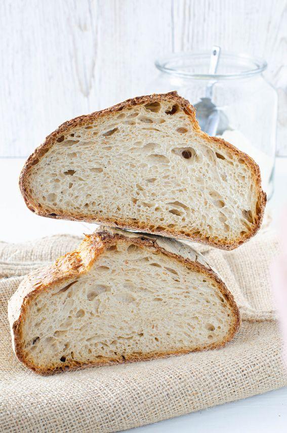 Pane di farina 1 e semola rimacinata con pasta madre e autolisi