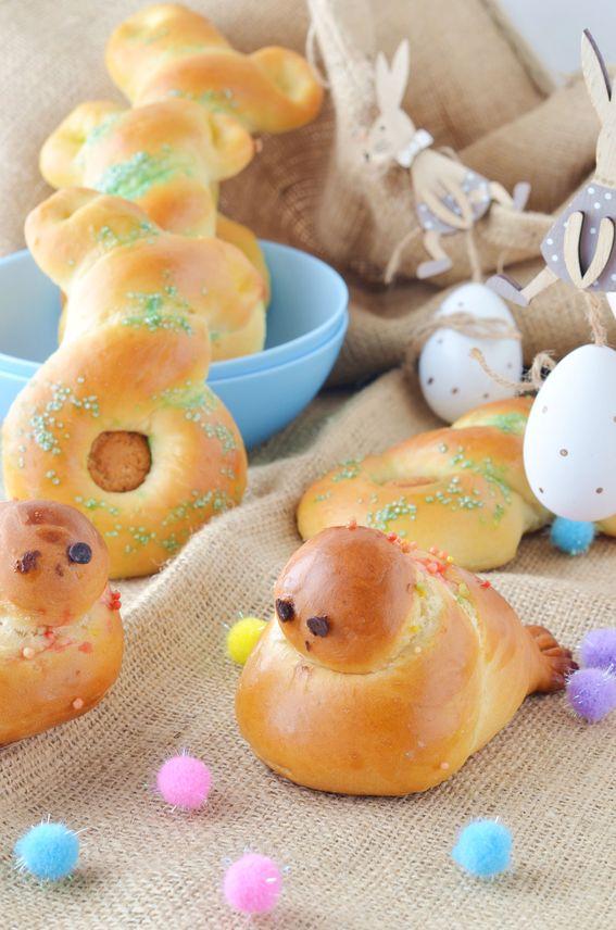 Pulcini e conigli di Pasqua con impasto brioche dolce senza lattosio