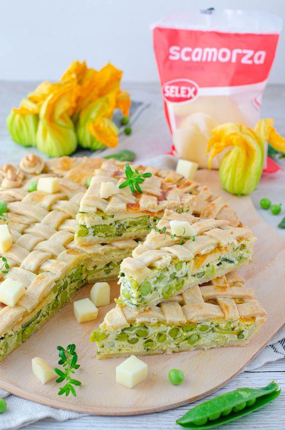 Crostata salata con fiori di zucca e scamorza affumicata