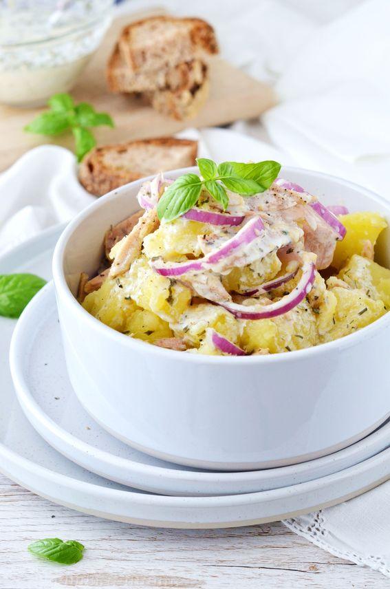 Insalata di patate con tonno con dressing di kefir senza lattosio